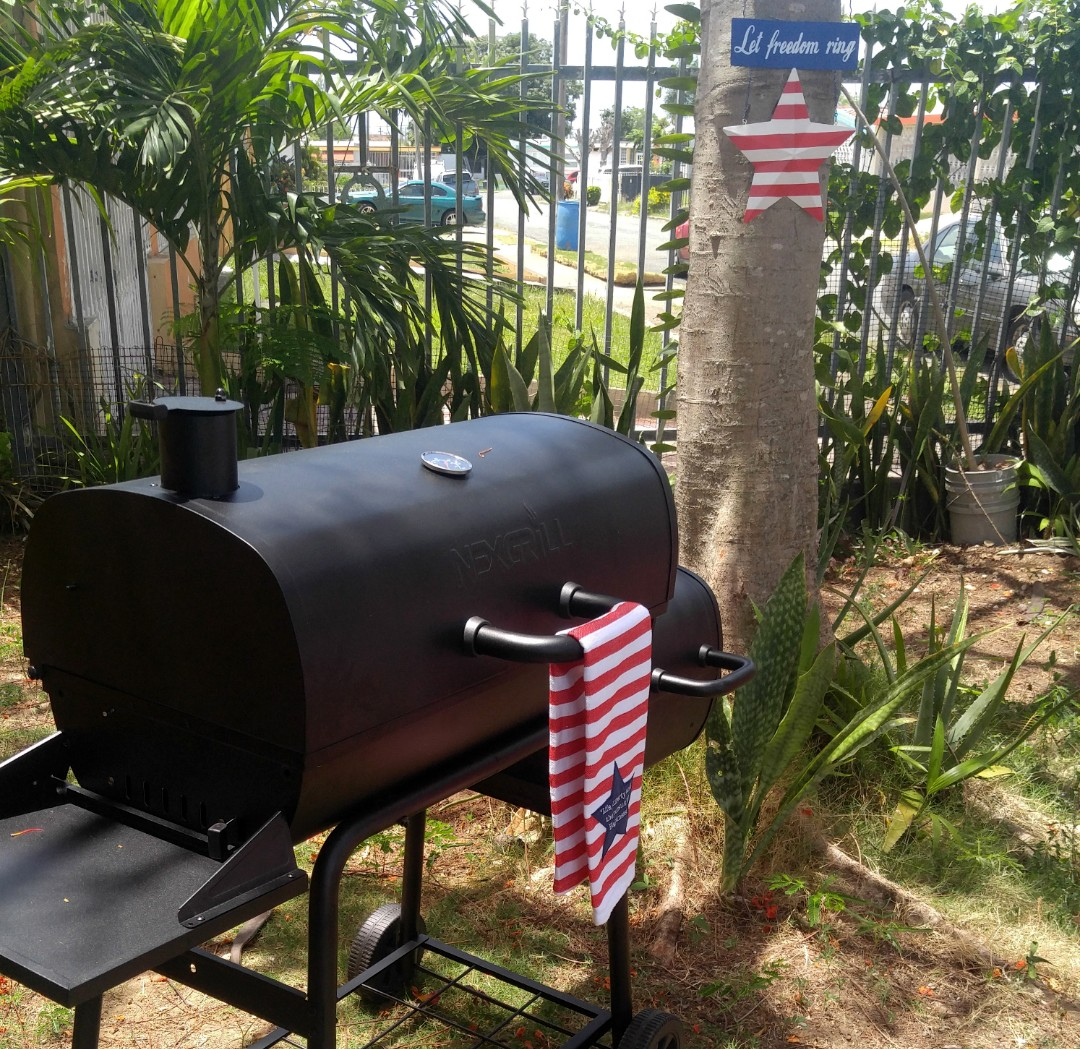 BBQ and smoker